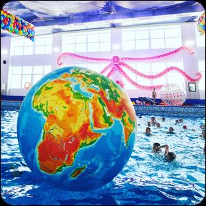 Шуточные водные старты в бассейне